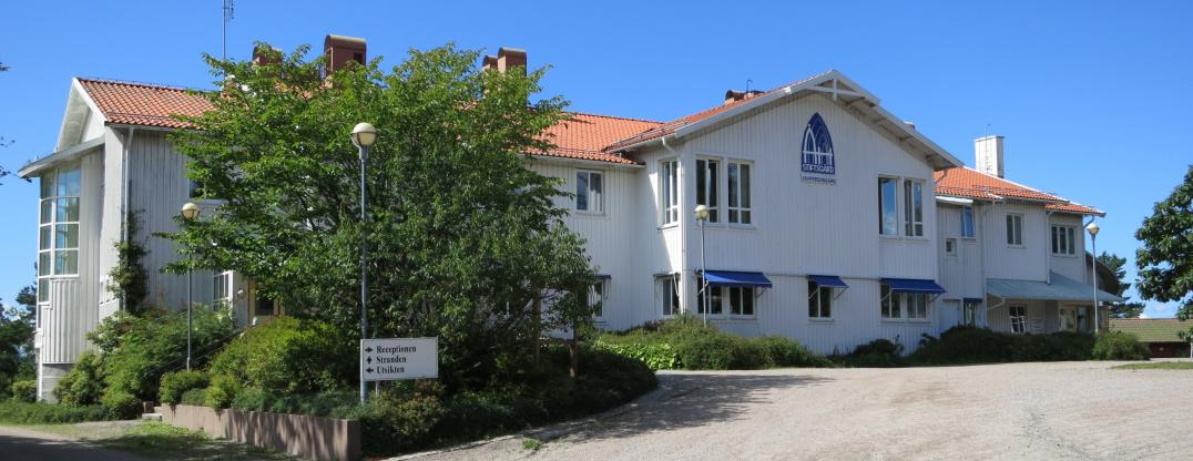 Åh stiftsgård